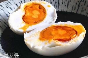 咸鸭蛋好消化吗?属于不好消化的