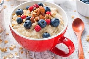 不吃早餐为什么会得胆结石