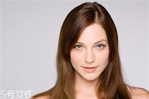 不同脸型适合的眉型有哪些 不同脸型的修饰细节提升技巧