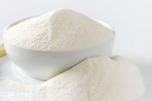 羊奶粉能用开水冲吗 羊奶粉用温水还是开水