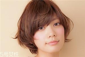 头发多的女生适合什么短发 头发多适合发型