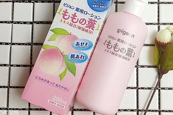 贝亲桃子水有激素吗 液体痱子粉实测