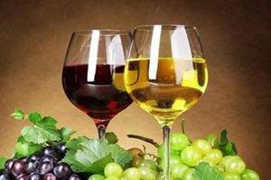 白葡萄酒过期了还能喝吗 白葡萄酒过期了怎么办