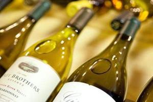 白葡萄酒可以放冰箱吗 白葡萄保存注意事项
