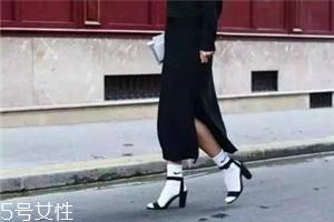 袜子怎么搭配时尚?袜子外露搭配图片