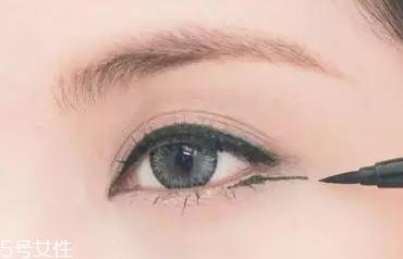 小圆眼睛怎么画眼妆图片