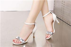 足底筋膜炎穿什么鞋好 足底筋膜炎选鞋技巧