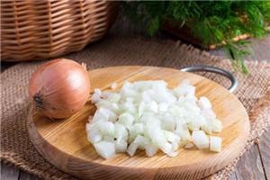 洋葱可以和胡萝卜一起吃吗 洋葱胡萝卜能同食吗