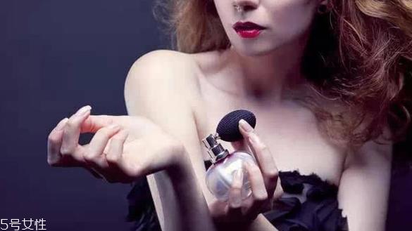 女士香水什么牌子好图片