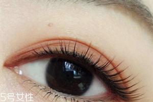 脏橘色眼影怎么画好看 脏橘色眼影画法步骤