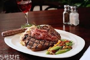 肉眼牛排几分熟最好吃 肉眼牛排怎么看熟度