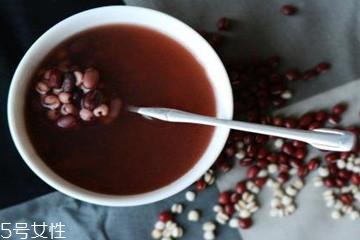 红豆汤什么人不能喝 红豆汤适合什么人喝
