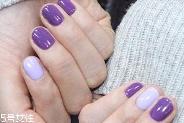 紫色指甲油适合黄皮吗 紫色指甲油怎么涂不显黑