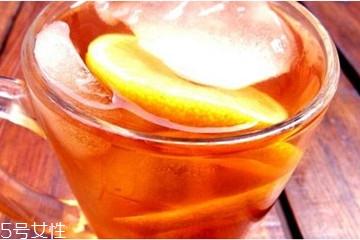 柠檬红茶可以加蜂蜜吗 柠檬红茶什么时候加蜂蜜