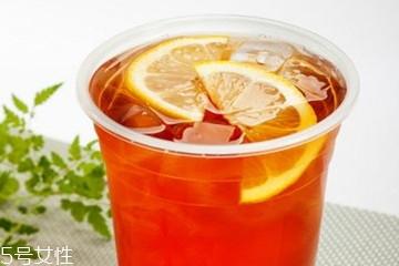 柠檬红茶可以隔夜喝吗 柠檬红茶什么时候喝最好