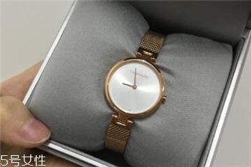 手表为什么中午跳日期?手表中午跳日期怎么办?