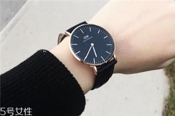 手表为什么要上发条?手表上发条什么原理?