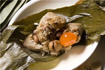 南方粽子的做法和材料 南方粽子怎么包图解