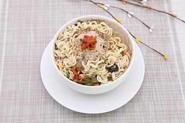 方便面和米饭哪个热量高?方便面和米饭哪个更容易长胖?