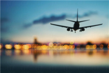 坐长途飞机时怎么护理肌肤