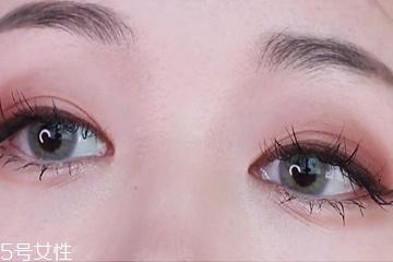 日常复古眼妆画法图解 日常复古眼妆为气质加分