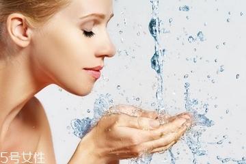 敏感肌可以用水杨酸吗?水杨酸适合敏感肌吗?