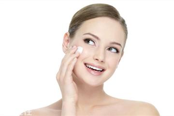 混合性皮肤可以用面霜吗 混合性皮肤可以用霜吗
