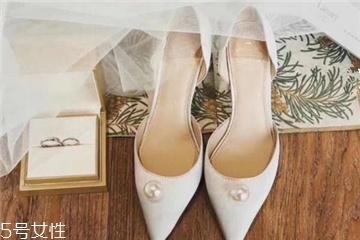 婚鞋多高比较好?婚鞋一般买多高?