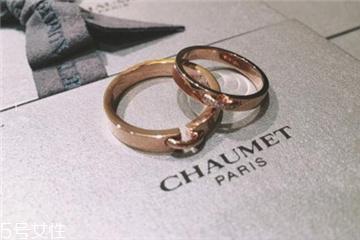 婚戒是男左女右吗?婚戒应该戴左手还是右手?