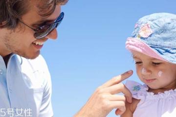 宝宝有皮炎能用防晒霜吗 宝宝有皮炎怎么涂防晒霜