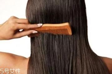 头发两天不洗就很油怎么办?5个方法减缓头皮出油