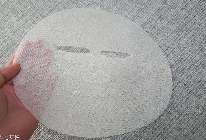 纱布面膜和蚕丝面膜哪个好图片