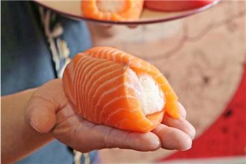 三文鱼刺身有寄生虫吗 三文鱼怎么选购无寄生虫