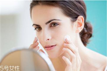 护肤品过敏怎么办 敏感肌选择护肤品指南