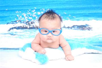 宝宝使用防晒霜的正确方法 教你夏季如何给宝宝防晒