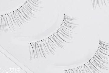 假睫毛透明梗和棉线梗哪个好 单眼皮别选棉线梗