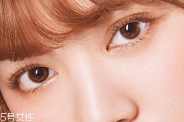 美瞳什么颜色不明显 日常色美瞳挑选指南