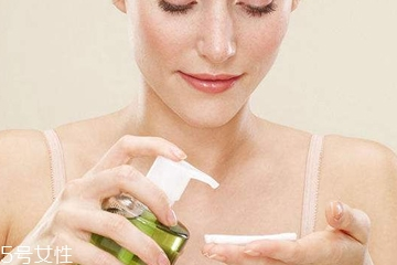 卸妆会伤害皮肤吗 4个技巧摆脱皱纹松弛