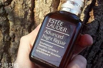 雅诗兰黛小棕瓶精华真假辨别 8张图轻松认出假货