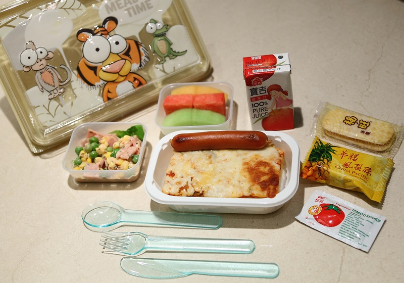 飞机餐是免费的吗 解析飞机上的食物能吃吗