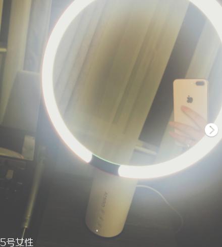 amiro镜子怎么样 值得入手的一款化妆镜