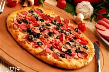 披萨可以放什么水果和蔬菜 披萨可以放这些