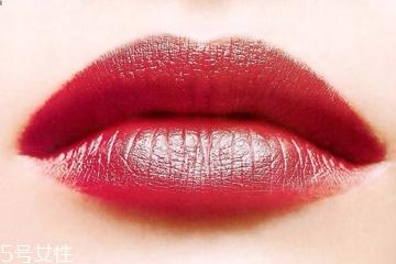 半永久纹唇多久能涂口红 3个月内别用口红