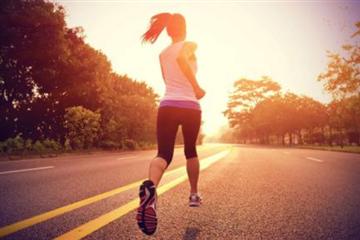 夜跑减肥还是晨跑减肥 减脂这个好