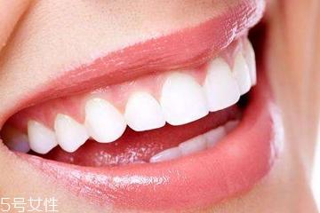 磨砂牙膏有什么好处 清除牙垢好帮手