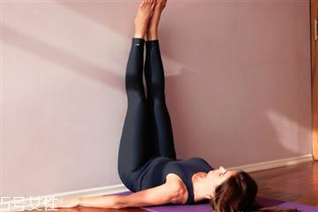 腿向上靠墙式能瘦腿吗 懒人瘦腿最有效最快的方法