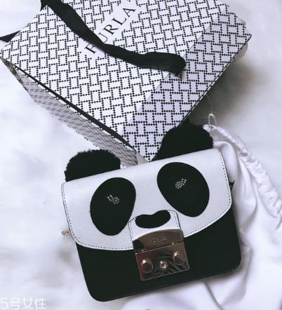 Furla熊猫包多少钱可爱你的女孩心