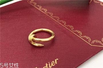 卡地亚美甲戒指女王要戒指多少钱