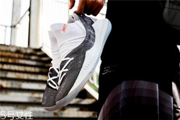 under armour curry 5测评 库里5代战靴实战表现