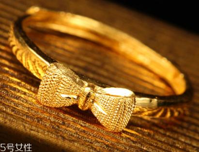 男人和女人有多少克的金戒指